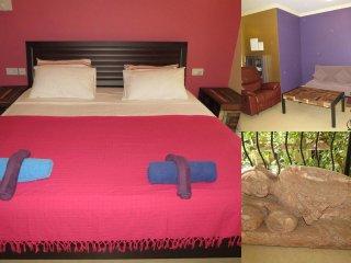22) Glorious 1 Bedroom Apartment Nagoa, Sleeps 3 & WiFi - Nagoa vacation rentals