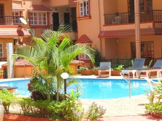 40) 1 Bedroom Apartment Kyle Gardens Calangute/Baga Sleeps 2 - 4 - Calangute vacation rentals