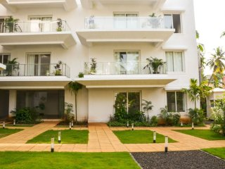 23) La Quinta, Luxurious One Bedroom Apartment Arpora sleeps 4 & Wifi - Arpora vacation rentals