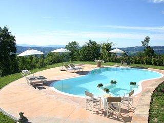 Bright 6 bedroom Villa in Fermignano - Fermignano vacation rentals
