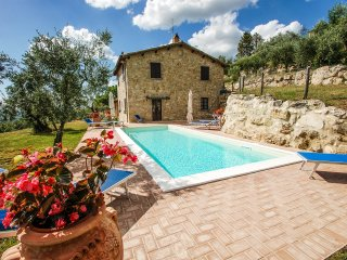 Detached villa with private pool and fenced garden at 200 meter from village - Montecchio vacation rentals