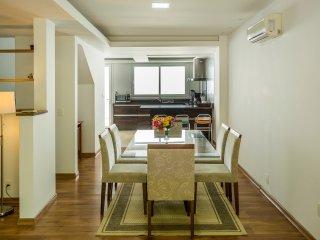 Ideally Located 3 Bed / 3 bath at Praia Mole! - Florianopolis vacation rentals