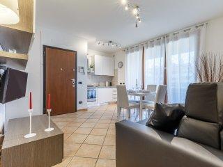 Suitelowcost Limbiate Garden Suite - Limbiate vacation rentals