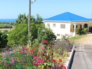Bright 2 bedroom Treasure Beach Villa with Deck - Treasure Beach vacation rentals