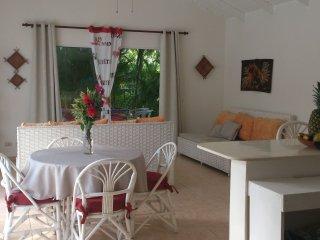 A LOUER villa récente avec piscine dans résidence prix intéressant - Rio San Juan vacation rentals