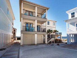 Nice House with Internet Access and Shared Outdoor Pool - Navarre Beach vacation rentals