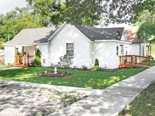 Nice House with Internet Access and A/C - Hamilton vacation rentals