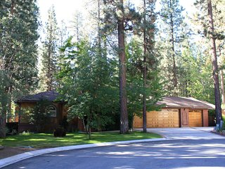 Running Bear - Big Bear Lake vacation rentals