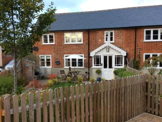 Mulberry Cottage Hadleigh Suffolk - Hadleigh vacation rentals