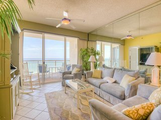 Beautiful Condo with Internet Access and Waterfront - Seacrest Beach vacation rentals