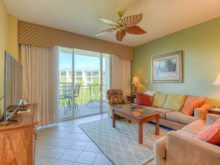 Beautiful Apartment with Internet Access and Hot Tub - Seacrest Beach vacation rentals