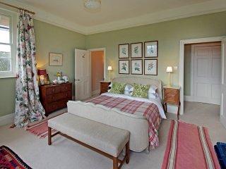 Green Room - The Pigeon House B&B - Bodenham vacation rentals