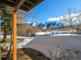 Creekside townhome w/ deck offering panoramic views & a shared hot tub/sauna - Mammoth Lakes vacation rentals
