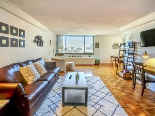 Spacious, modern condo with private balcony and shared pool! - Boston vacation rentals