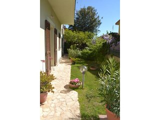 Sunny 1 bedroom Morral House with Internet Access - Morral vacation rentals