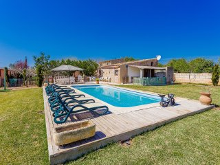 Nice 4 bedroom House in Biniali - Biniali vacation rentals