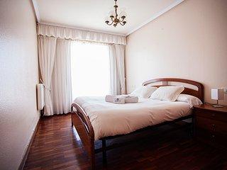 Bright House in Zarautz with Television, sleeps 5 - Zarautz vacation rentals
