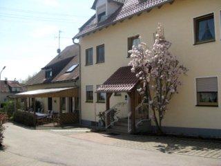 Ferienwohnung mit 50 m² / Ferienhof Stark - Kelheim vacation rentals
