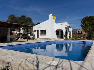 Cozy 3 bedroom Villa in L'Ametlla de Mar with A/C - L'Ametlla de Mar vacation rentals