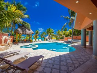 Gorgeous Villa with Television and DVD Player - Soliman Bay vacation rentals