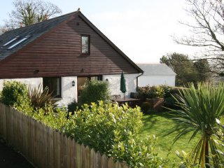 Comfortable Cottage with Internet Access and Television - Lanner vacation rentals