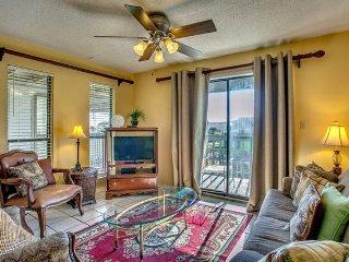 Gulf Shores 2BR/2BA Partial Ocean and Lagoon Views Sleeps 8 - Gulf Shores vacation rentals
