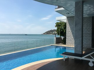 Front beach design and nice Villa private pool and private beach full services - Vung Tau vacation rentals