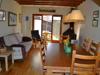 Perfect 3 bedroom Llivia House with Television - Llivia vacation rentals
