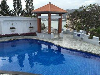 10 bedrooms Villa have pool. seaview and full service Villa, cooking, karaoke - Vung Tau vacation rentals
