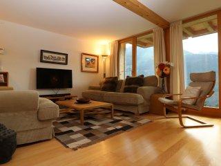 Perfect 3 bedroom Wengen Apartment with Internet Access - Wengen vacation rentals