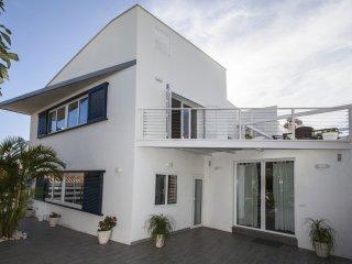 Luxury Apartment SAY GAYATRI Villa San Salvador - Nerja vacation rentals