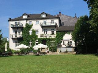 Ferienwohnung 3 im Schloss Neuhof UNESCO Biospharenreservat Schaalsee - Schwerin vacation rentals