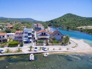 Cozy Condo with Internet Access and A/C - Rogoznica vacation rentals