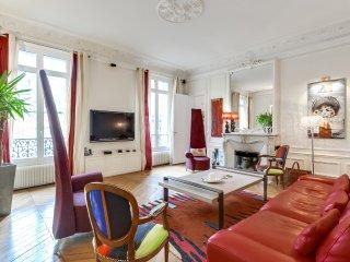 Bel appartement parisien dans le 16ème - Neuilly-sur-Seine vacation rentals