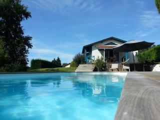 Cottage avec piscine sur la route des vignobles de - Artigues-pres-Bordeaux vacation rentals