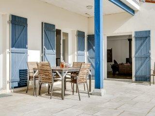 Spacieuse maison près de la plage sur l'île de Ré - Le Bois-Plage-en-Re vacation rentals