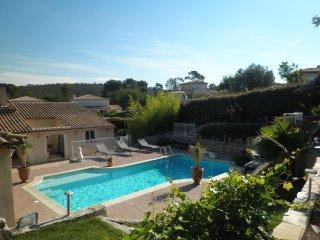 Villa entre Méditerranée et Estérel - Agay vacation rentals