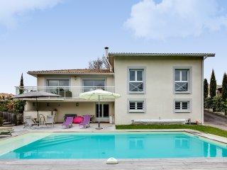 Paisible villa avec piscine près de la dune du Pyl - La Teste-de-Buch vacation rentals