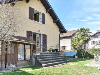 Accueillante maison de ville à Annecy - Annecy-le-Vieux vacation rentals