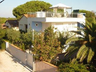 2 bedroom Condo with Internet Access in La Tamarissiere - La Tamarissiere vacation rentals