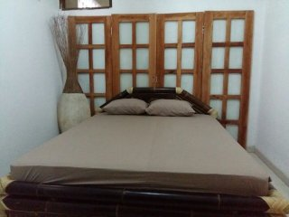 Perfect 6 bedroom Kasihan Guest house with Housekeeping Included - Kasihan vacation rentals