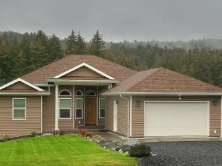 4 bedroom House with Deck in Kodiak - Kodiak vacation rentals