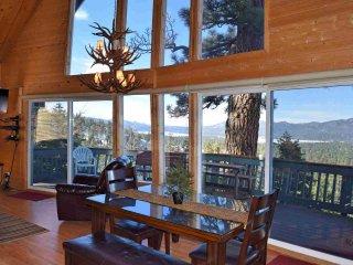 Beautiful 4 bedroom Big Bear Lake Cabin with Deck - Big Bear Lake vacation rentals