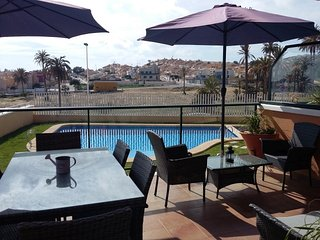 Stunning Beachside Apartment with Wi-Fi, Dishwasher, Air Con & Communal Pool - Puerto de Mazarron vacation rentals
