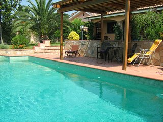 Studio Apartment in B&B Sedici Pini with swimming pool - Pomezia vacation rentals