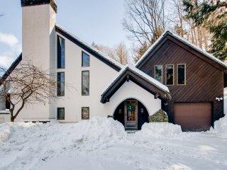 Perfect 4 bedroom House in Stockbridge - Stockbridge vacation rentals