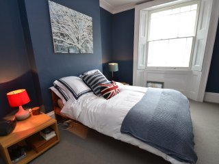 2 Bed Garden Flat in Camden! - London vacation rentals