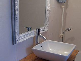 Bel appartement 2 chambres coeur de ville - Troyes vacation rentals