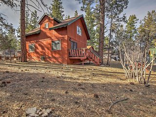 NEW! 2BR Sugarloaf Cabin - 5 Miles from Ski Lifts! - Sugarloaf vacation rentals