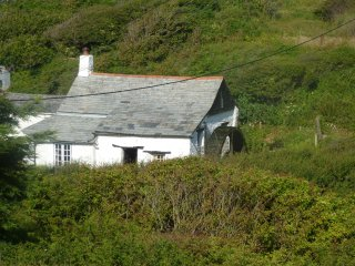 Charming 2 bedroom Cottage in Poundstock - Poundstock vacation rentals